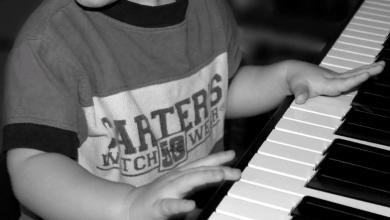 Photo of 4 Manfaat Belajar Musik untuk Perkembangan Anak